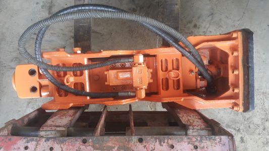 naprawa młota hydraulicznego